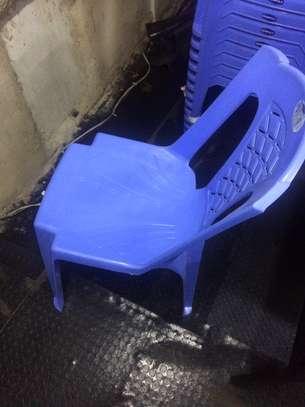 Plastic church chair image 1