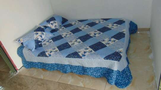 7 by 8 Bedcovers..4 pieces image 3