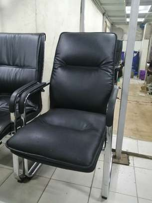 Executive office chair image 11
