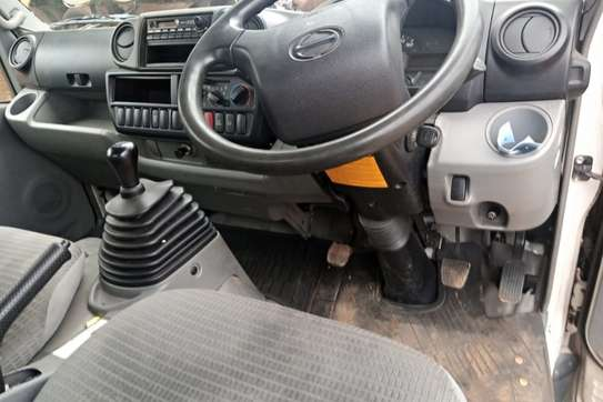 Toyota Dyna image 7