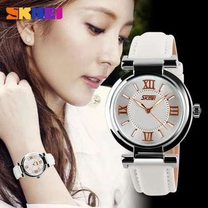 Skmei Women Fashion Luxury 9075 Dress Watch Leather Strap image 2