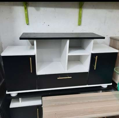 Drop3 tv stand image 1