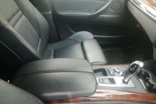 BMW X5 3.0i Activity Automatic image 2