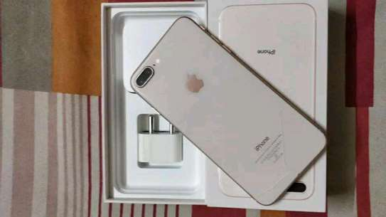 Apple Iphone 8 Plus ¤ 256 Gigabytes Gold  And Wireless Charger image 1