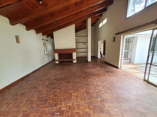 4 bedroom spacious house in Runda image 8