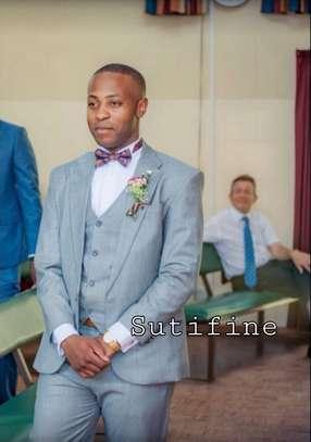 Men's suit image 3