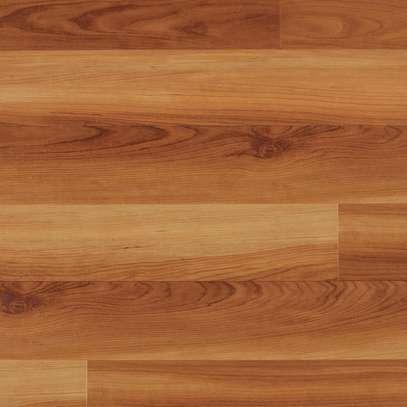 floor laminates image 1