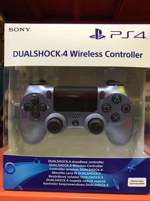 PS4 A. Wireless Joystick - Titanium Blue