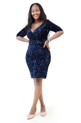 NAVY BLUE DRESS WITH FRONTAL GLITTER