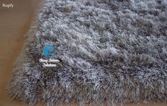 Super fluffy soft carpets(7*10) image 3