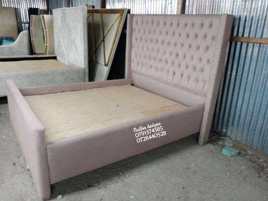 Modern beds/beds for sale/queen beds image 2