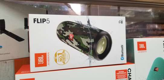 JBL FLIP 5 Portable Bluetooth Speaker image 3