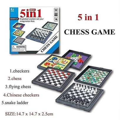5 in 1 family games