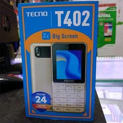 Tecno T402 - 3 SIM cards - --Wireless FM Radio - image 1