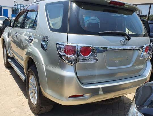 Toyota Fortuner image 4