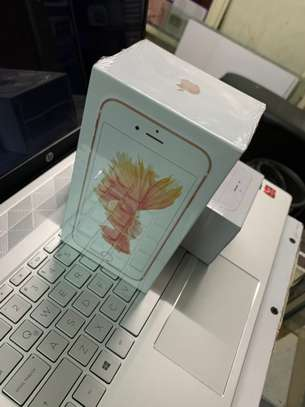 iPhone 6S 64GB image 4