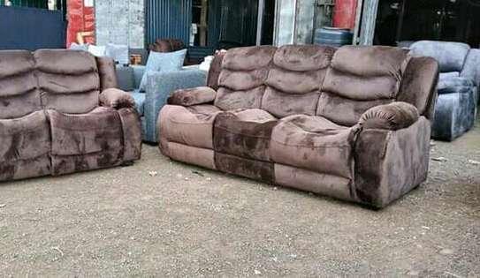 Recliner sofa image 1
