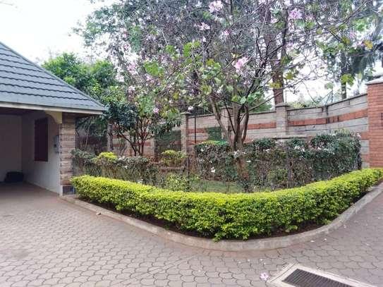 5 bedroom house for rent in Kileleshwa image 6