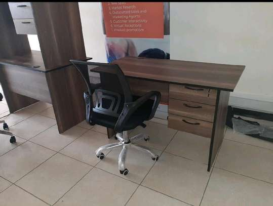 Home office desk mesh secretarial chair combined image 1