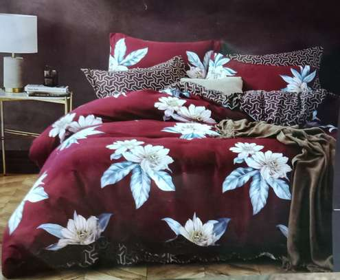 binded duvet with 1bedsheet and 2 pillow cases 6feet by 6 feet image 9
