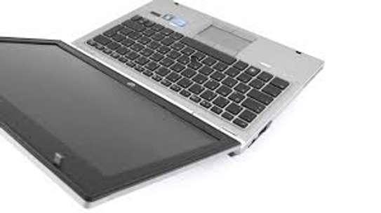 HP 2560p