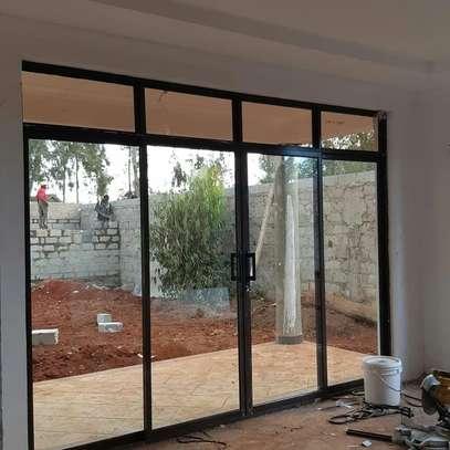 glass door installation image 1