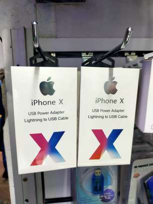 Original Iphone Chargers image 1