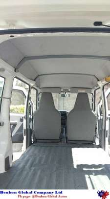 Nissan Clipper image 8