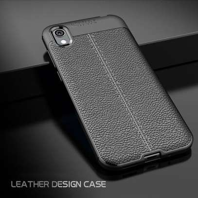 Autofocus LuxuryTexture Silicone TPU Back Cover for Huawei Y5(2019) - Black image 1