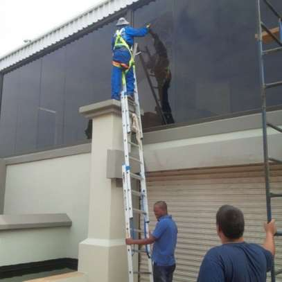 We Provide Guaranteed Maintenance Services/Maintenance staff/Electrical Services image 7