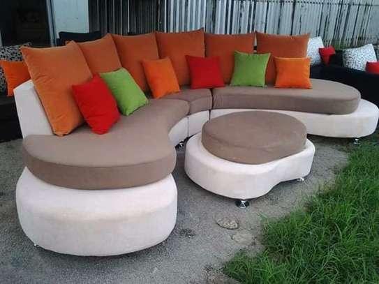 Round/swivel classic sectional U-sofas image 3
