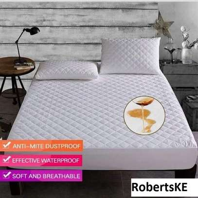 waterproof bedspread mattress protector 5by6 image 3