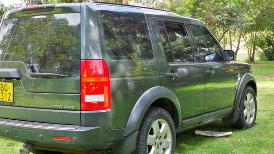 Land Rover Discovery III image 7