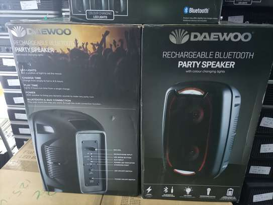 Daewoo LED Bluetooth Party Speaker image 3