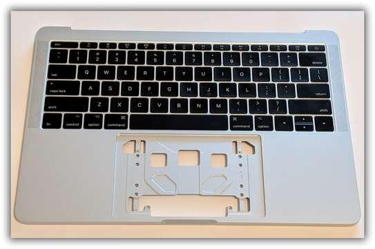 "Apple 13"" MacBook Pro Silver Top-Case Keyboard Battery 2016 2017 / A1708 image 1"