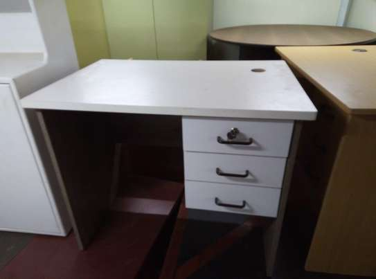 Office study tables and desk image 12