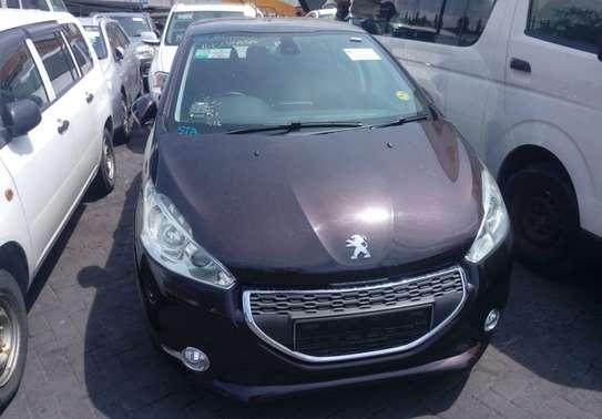 Peugeot 208 E-HDI image 2