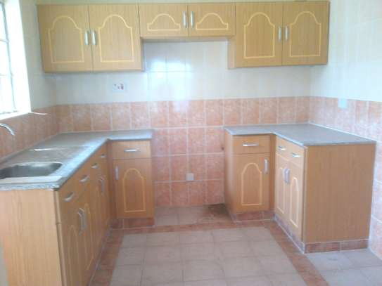 3 bedroom apartment for rent in Riruta image 3