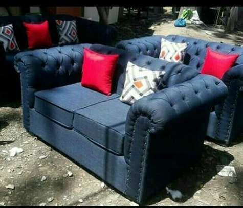 Cheaterfield sofa image 1