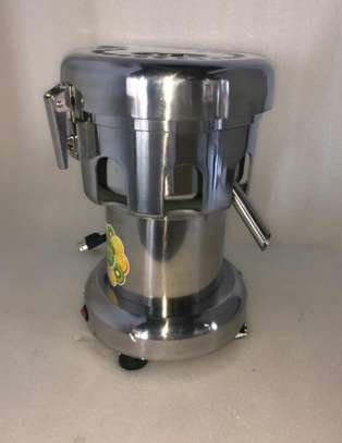 Commercial Electric Juicer Extractor machine image 2
