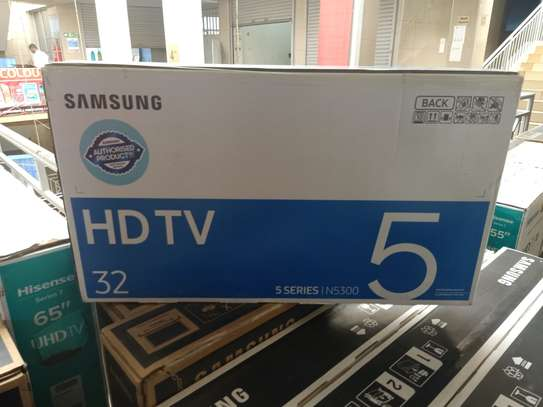 samsung 32 inches smart tv image 1