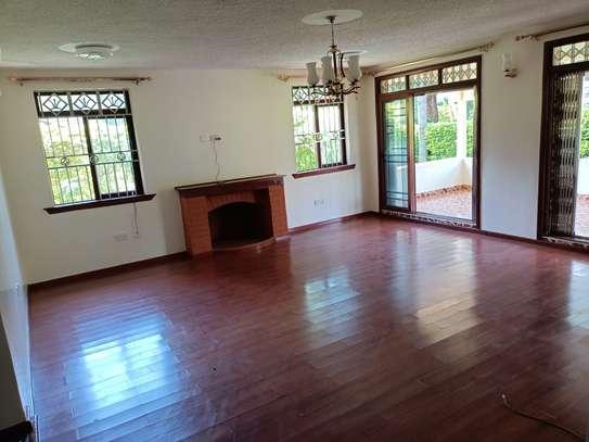 5 bedroom house for rent in Kitisuru image 10