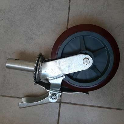Castor wheels image 3