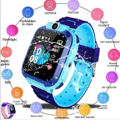 Kids Tracker Smartwatch - Best Emergency Locator and Notifier image 2