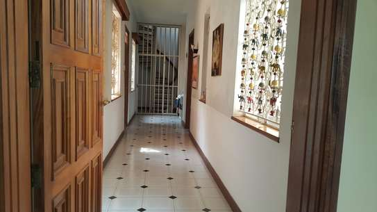 commercial property for rent in Rhapta Road image 15