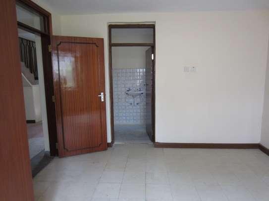 5 bedroom house for rent in Karen image 3