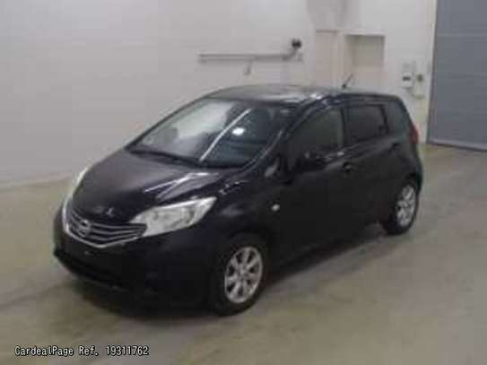 Nissan Note image 2