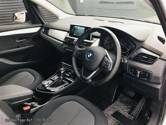 BMW 2 Series image 7
