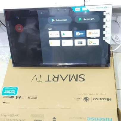 "32"" Hisense smart Android HD TV series 7 image 1"