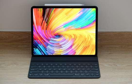 Apple IPad Pro 12.9 (2020) Tablet image 2